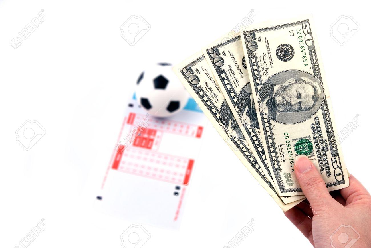 Tổng hợp các trang cá cược bóng đá trực tuyến tốt nhất hiện nay